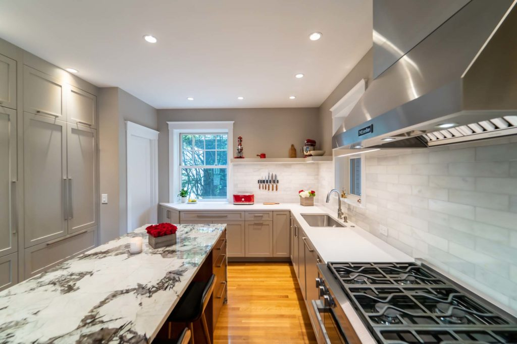 modern kitchen island tile backsplash with wood floor